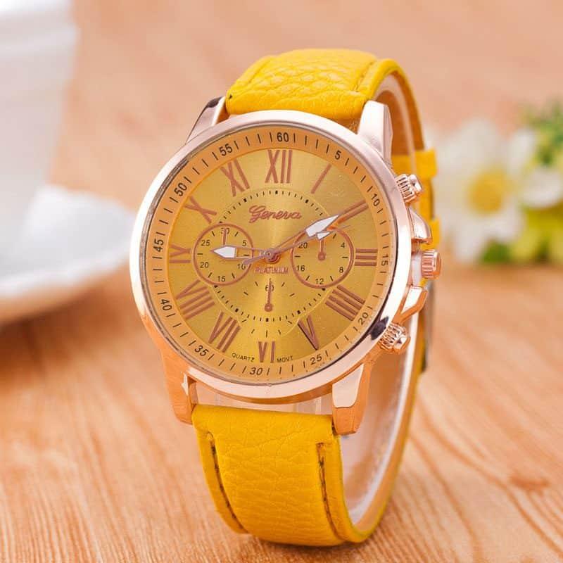 שעון יד מעוצב צהוב