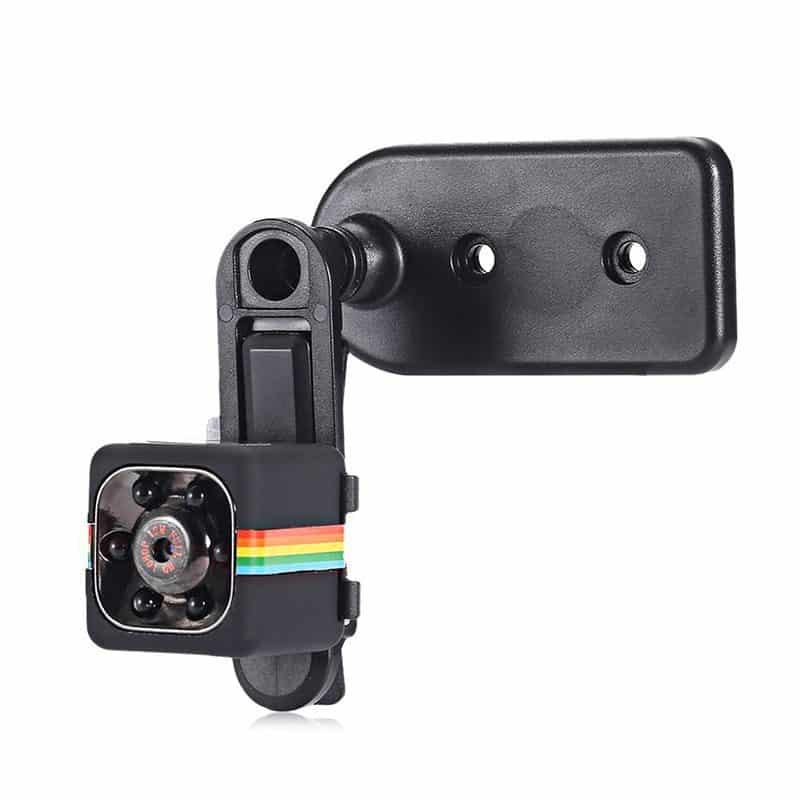 מצלמה קטנה עם חיישן