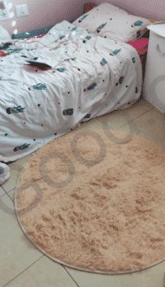 שטיח לחדר השינה בז